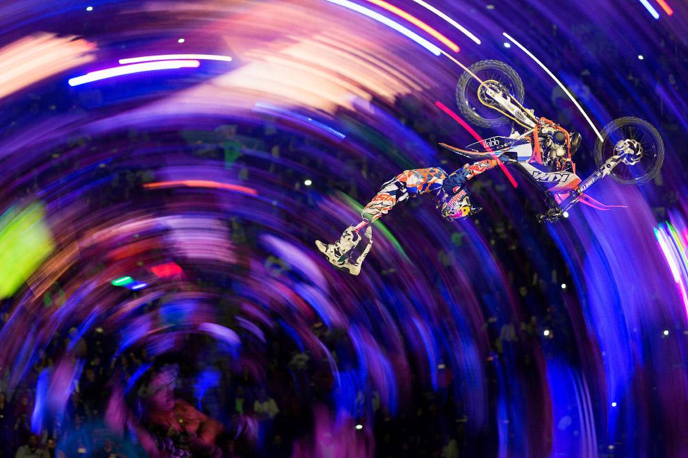 9. Соревнования скалолазов. (Фото Ken Etzel | Red Bull):