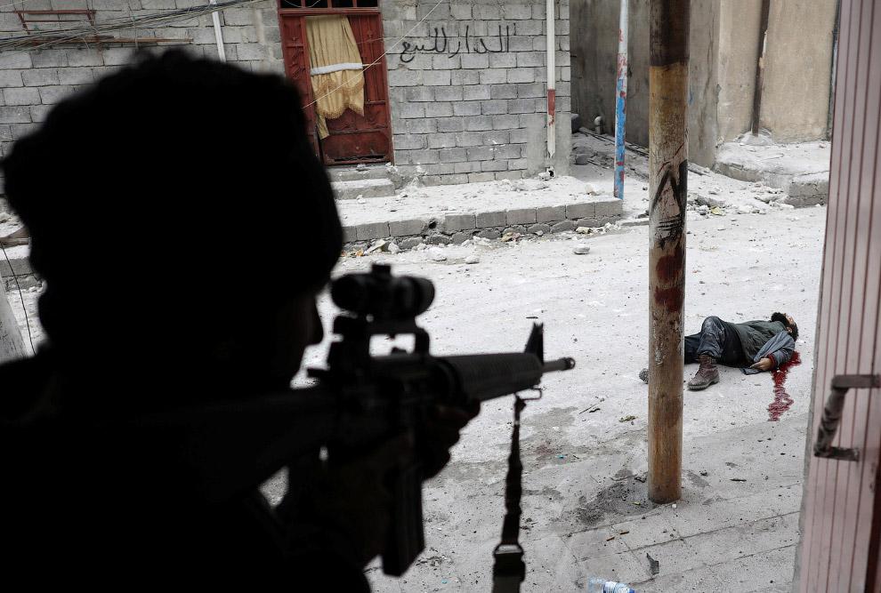 5. Машина иракских спецназовцев. (Фото Goran Tomasevic | Reuters):