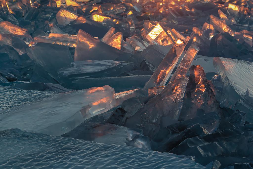 «Лёд и пламя».