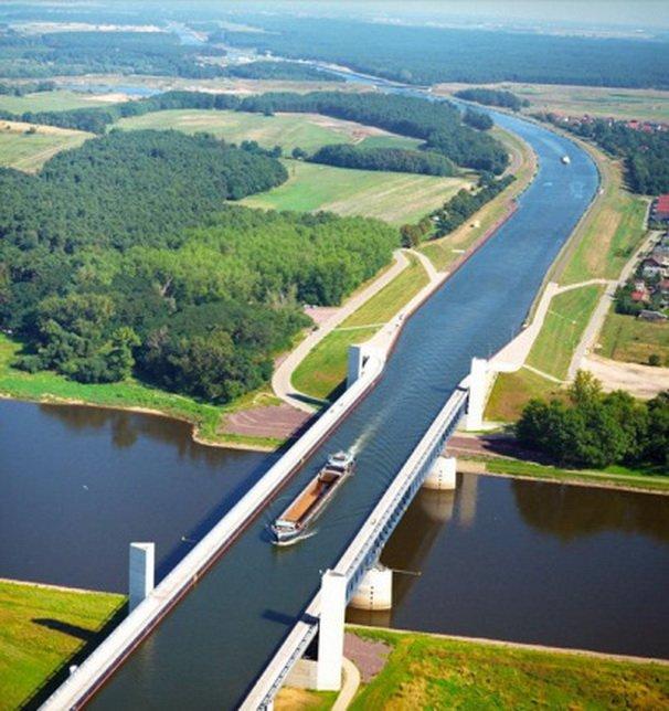 10. Акведук Магдебург Этот акведук считается самым большим в мире. Расположен он в Германии и пересе