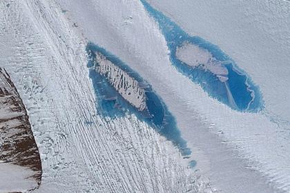 Ученых тревожат тысячи появившихся голубых озер вАнтарктиде