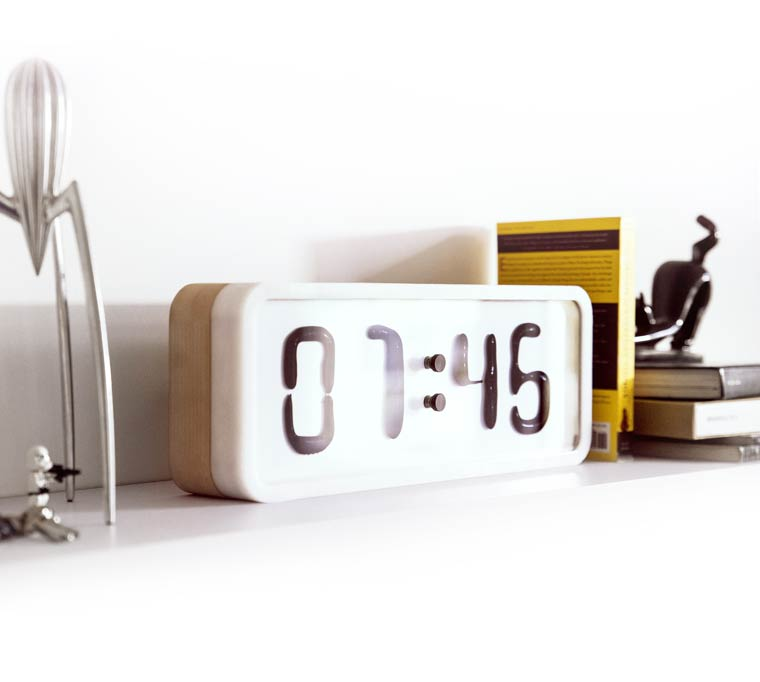 Rhei - An awesome clock based on ferrofluid