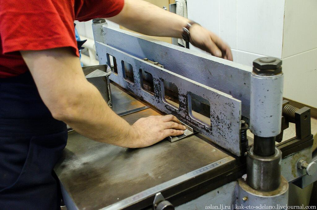 Как делают серебряные ложки