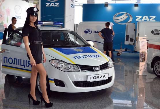 Украинские патрульные отныне будут ездить на автомобилях ЗАЗ (фото)