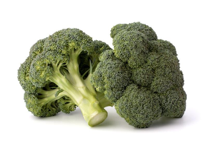 Брокколи   Вчетверо проигрывает кейлупо содержанию витамина К,зато почти втрое богаче витамино