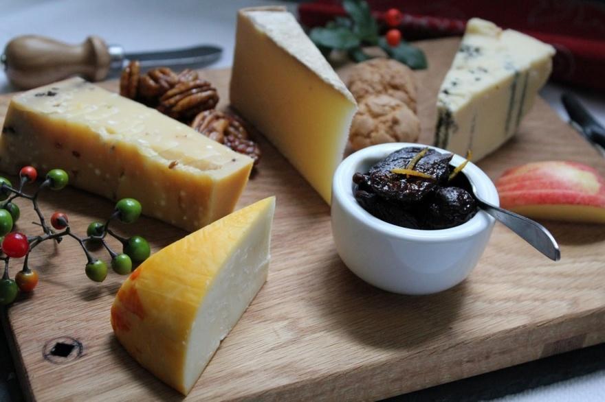 8. Хорватия Всему миру известен пажский сыр родом с острова Паг. Делают его из овечьего сыра.
