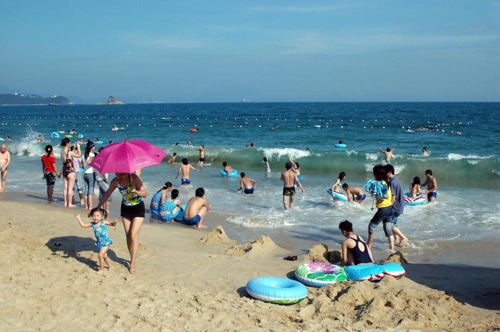 © bartekchiny / @DEPOSITPHOTOS.COM  Пляжи Шэньчжэня— популярное место отдыха как местных жите