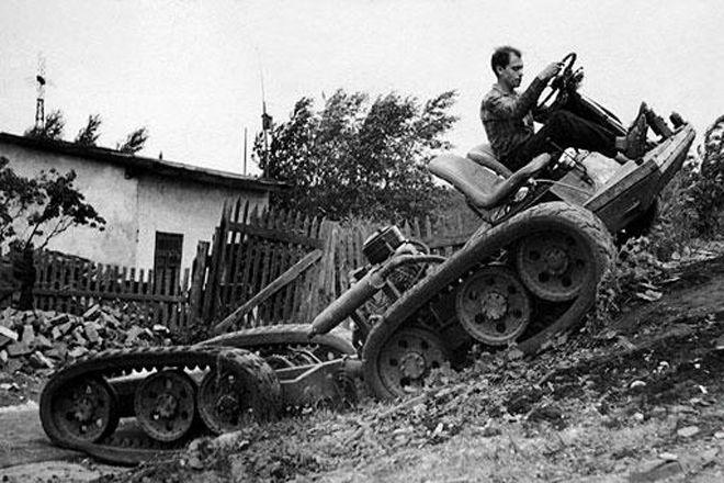 Модель НАМИ С-3 предназначалась для офицерского состава действующей армии. По задумке конструкторов,