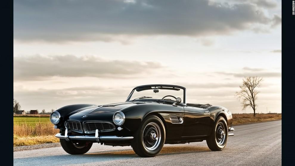 Информация о том, что было построено всего 250 автомобилей 507-й модели, помогла взвинтить аукционны