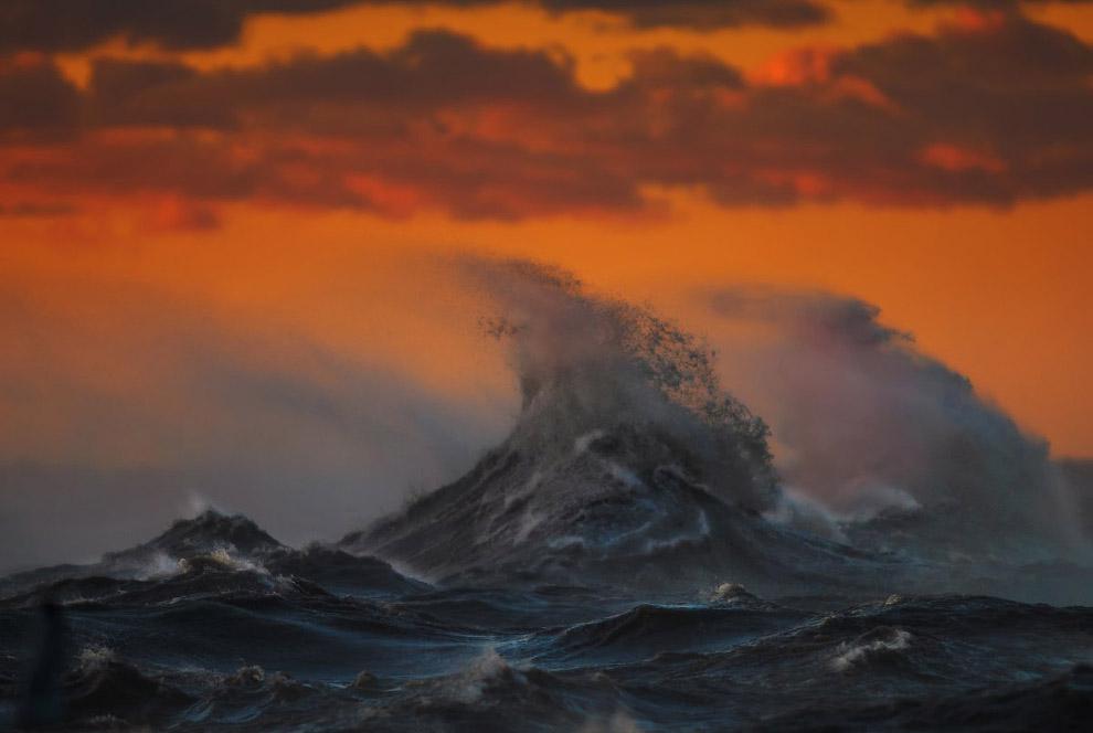 6. Будучи самым мелким из Великих Озёр, оно замерзает быстрее и чаще других. (Фото Dave Sandfor