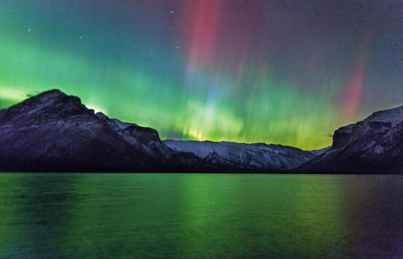 Увидеть этот природный феномен можно не только в скандинавских странах. Но также, например, в России