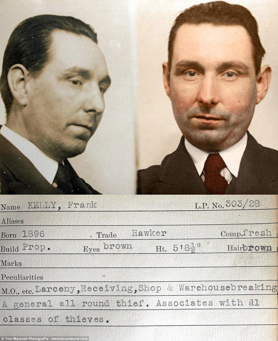 Родившийся в 1896 году уличный торговец, обладавший русыми волосами и ростом 173 сантиметра, был гра