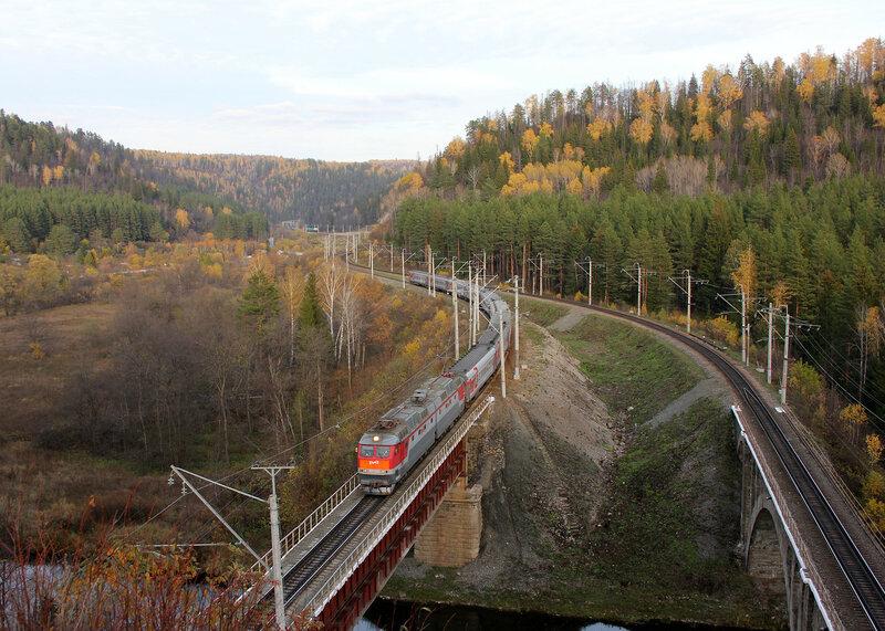 ЧС7-272 с поездом 373 Тюмень - Махачкала на перегоне Симская - Биянка