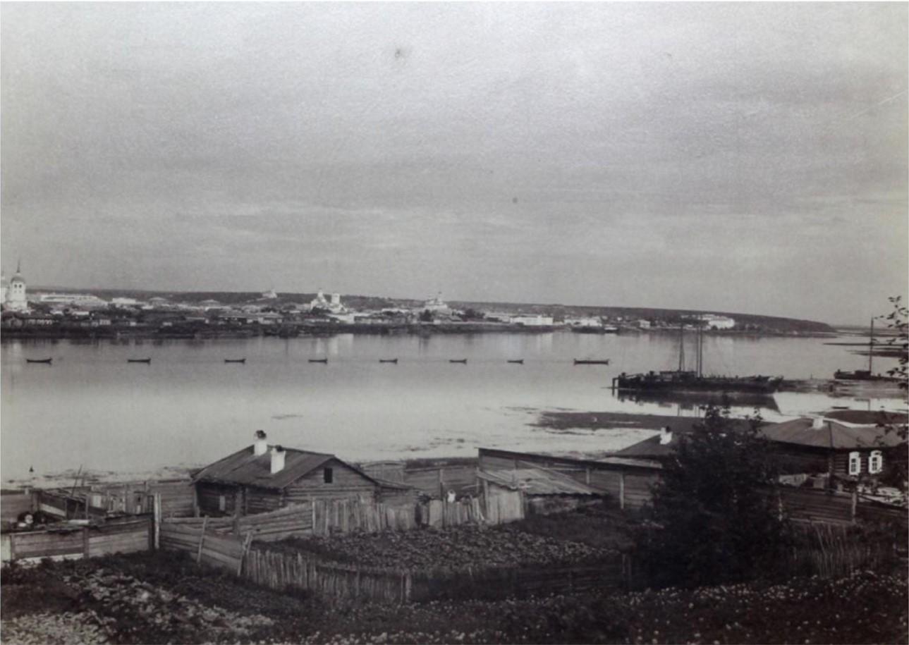 Вид города с Кайской горы в районе Троицкой церкви