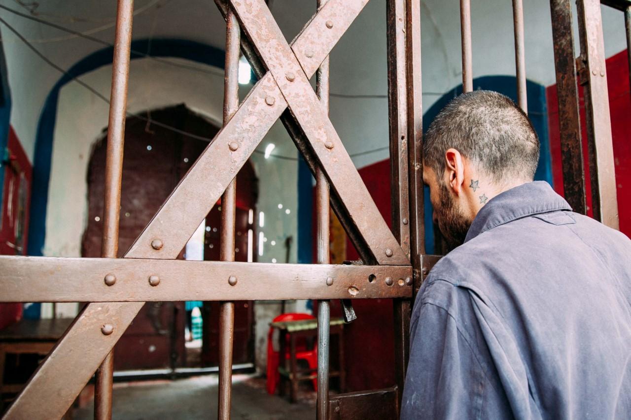 Секс в тюрьме охранники видят фото 167-688