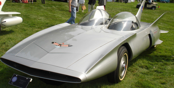 Эту машину презентовали в 1959 году. Даже при первом рассмотрении понятно, что Fireberd III –