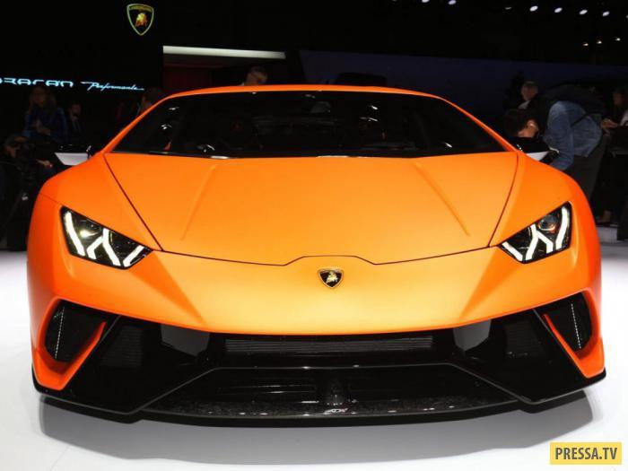 Автомобиль , стоимость которого составляет 275 тыс. долларов, способен разгоняться до 100 км/час мен
