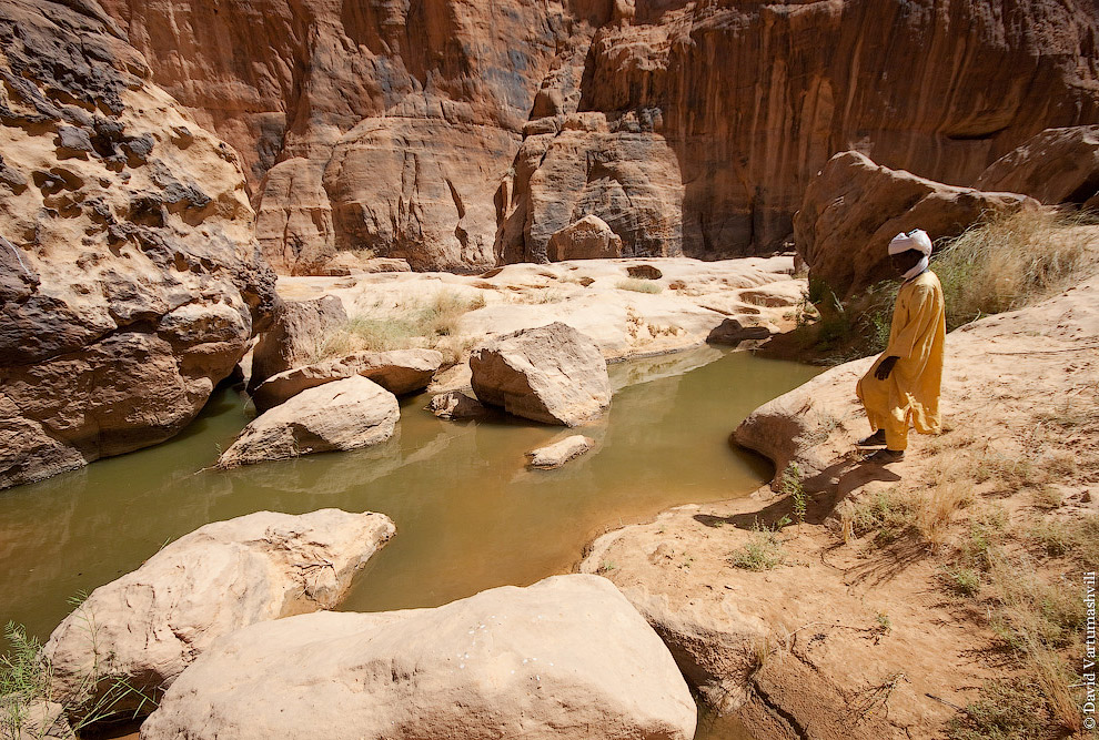 Красный песчаник в местечке Аршей служил основным материалом в производстве краски, которой был