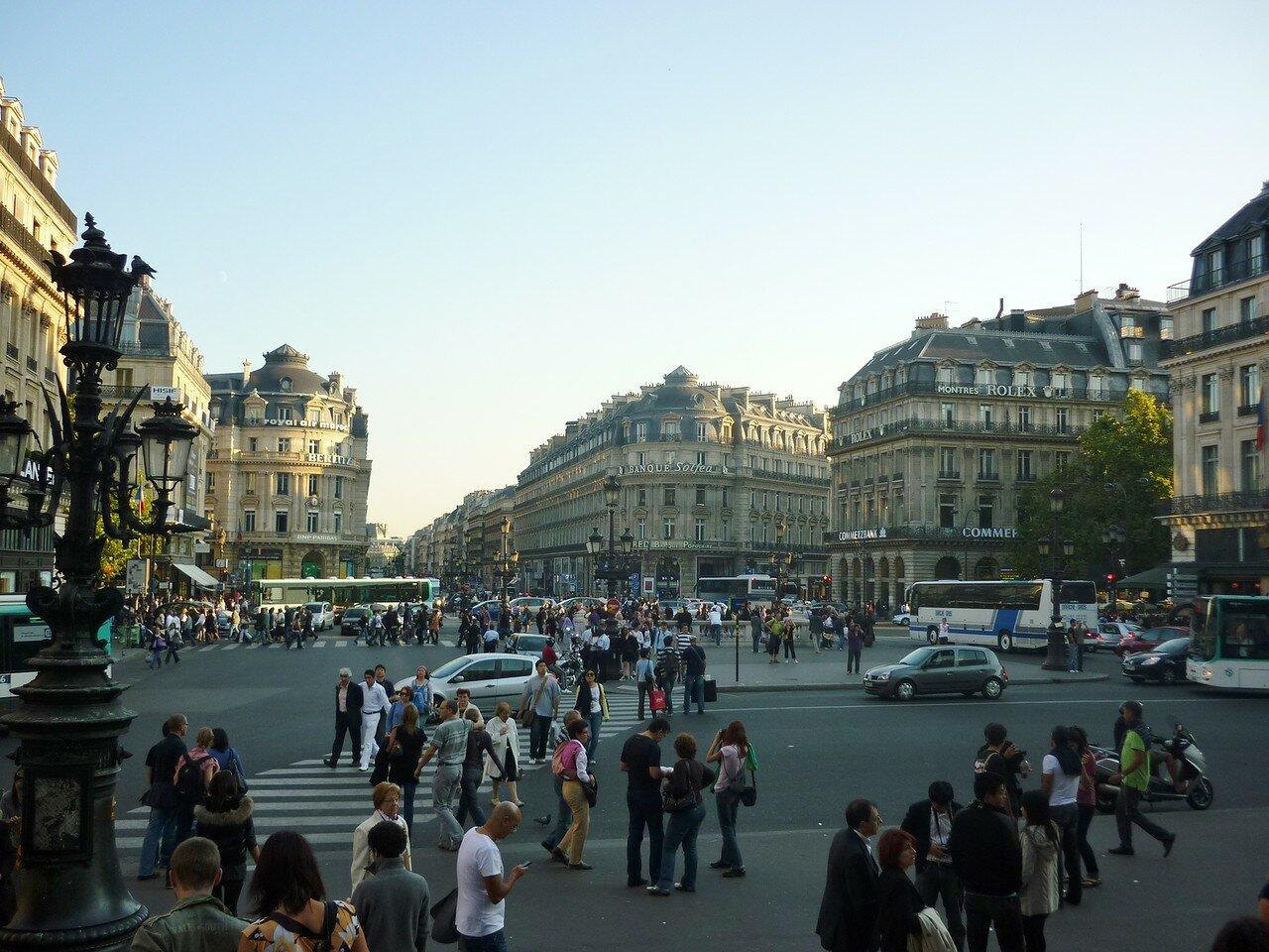 Opernplatz_Paris_garnier.JPG