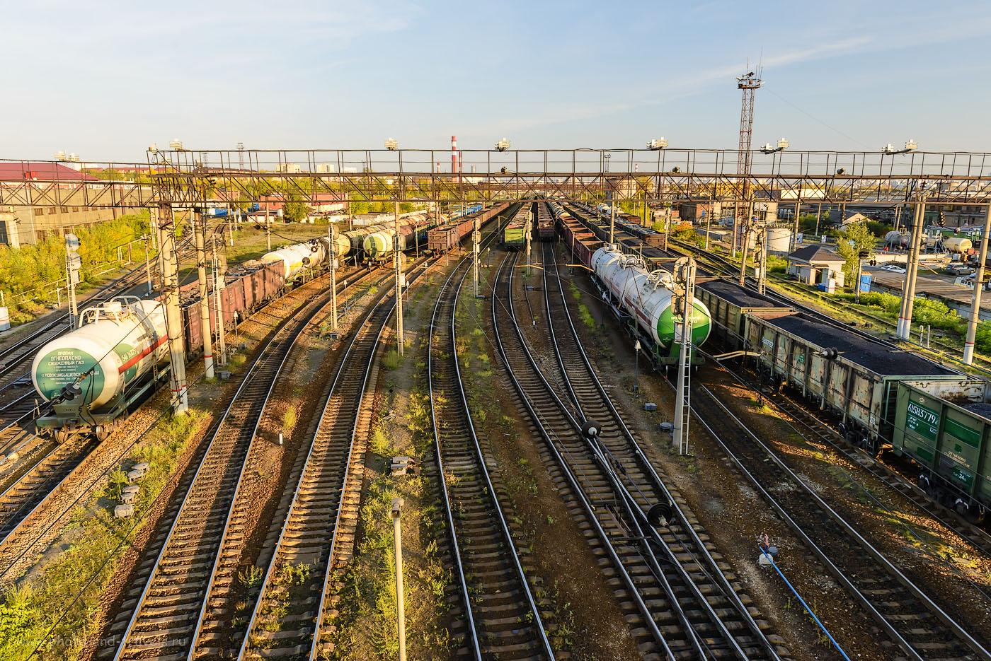 Фото 3. Такие виды открываются по пути к экспозиции старинной железнодорожной техники. 1/160, -1.33, 8.0, 450, 24.
