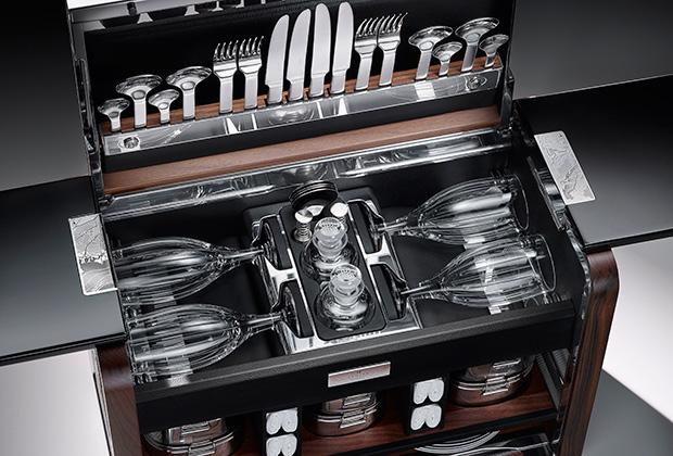 В Rolls-Royce теперь можно устраивать пикники