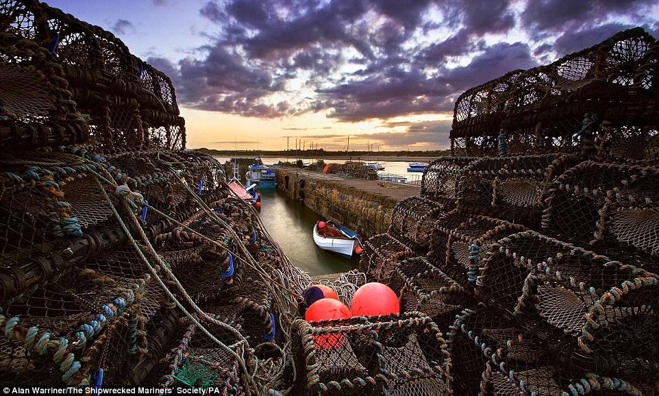 Победитель в категории «Корабли и разбитые суда». «Преданные забвению». Фотограф: Alex M Iacobet.