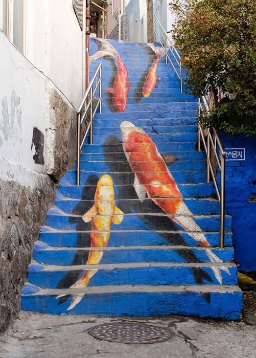 2. Рыбки 3D на уличных ступенях (Южная Корея) Объемный стрит-арт на улицах Сеула.