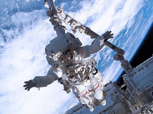 Вскором времени в Российской Федерации начнет работу космический туроператор