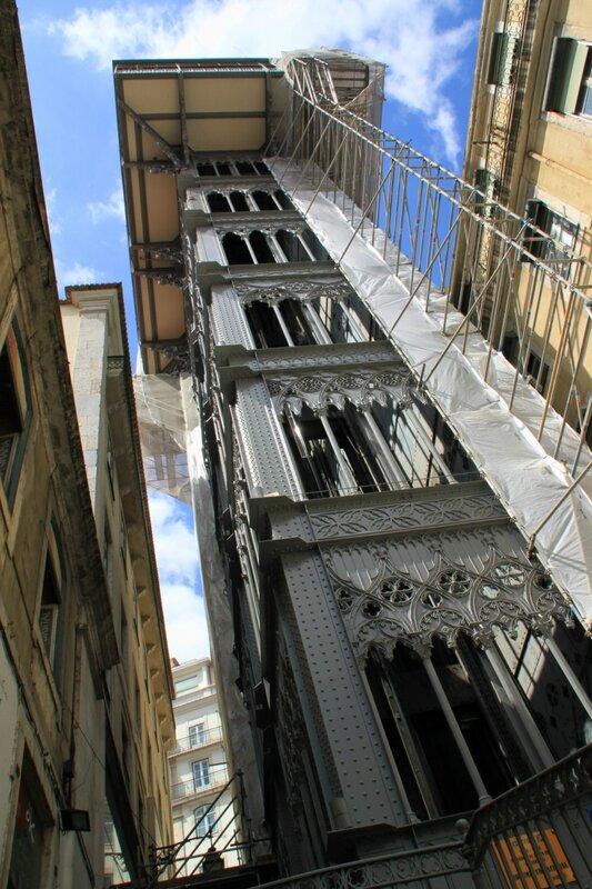 Лиссабон, лифт Санта Жушта (Lisbon Santa Justa Lift)