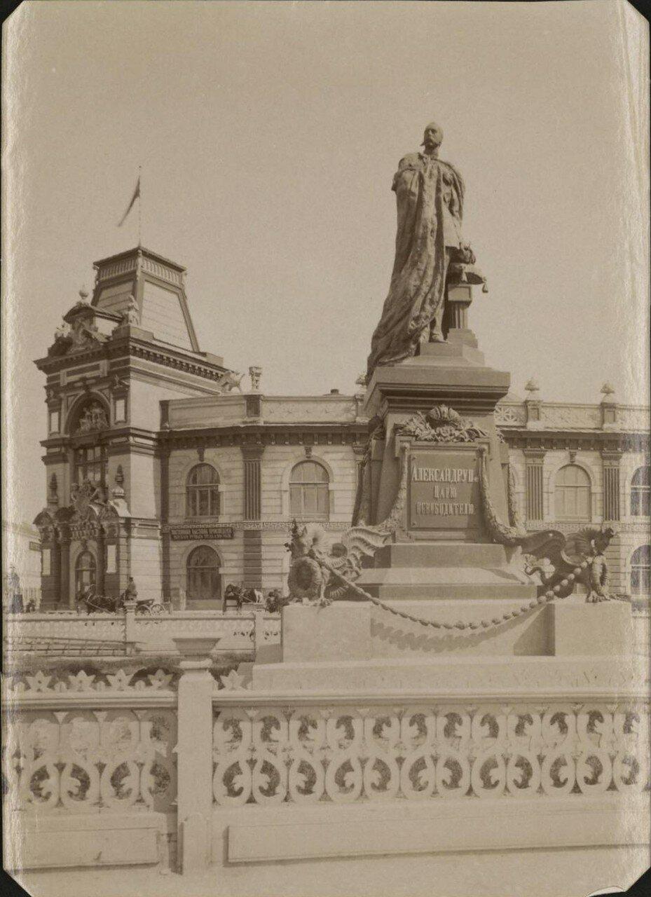 06. Памятник императору Александру II