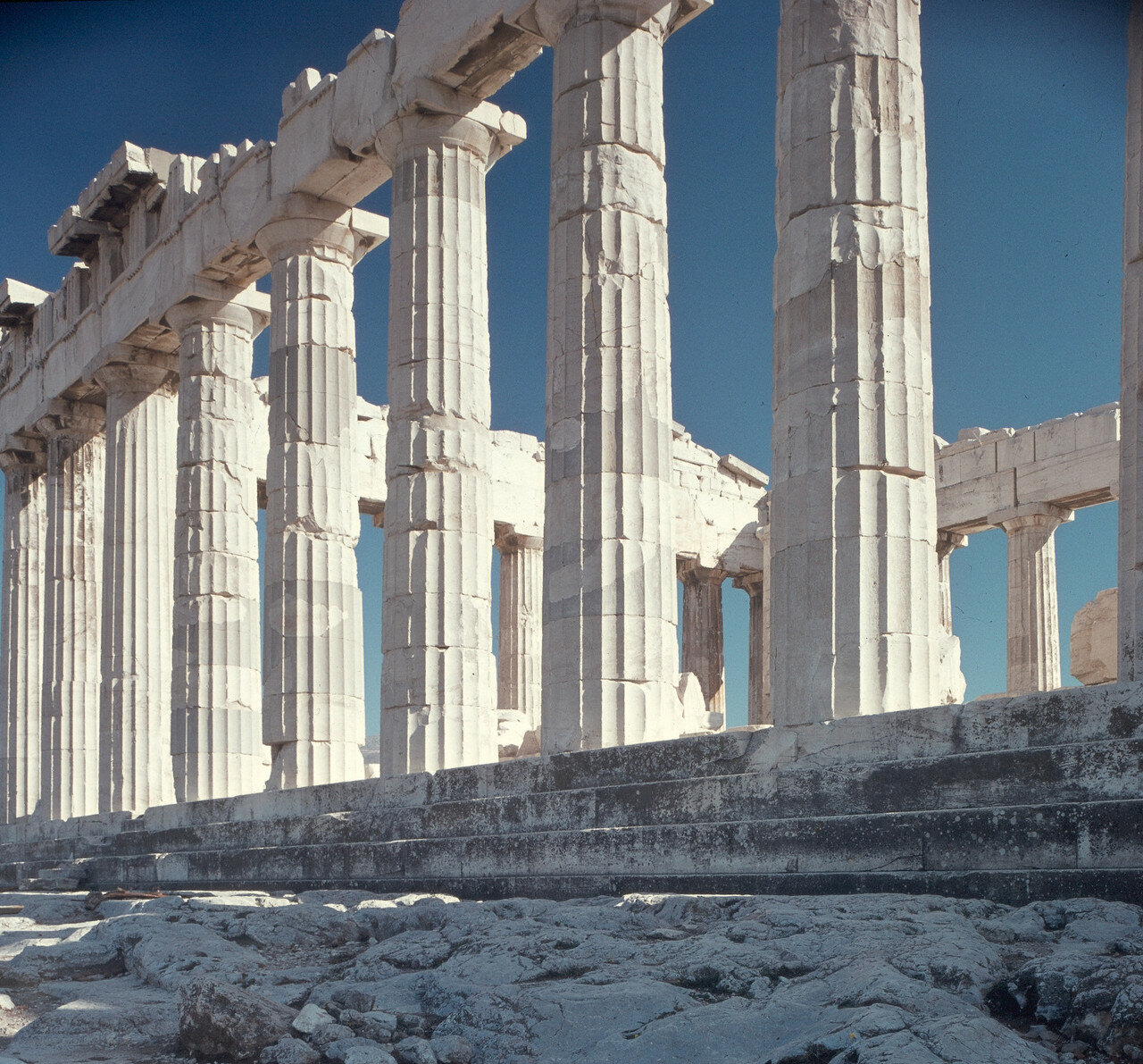 Афины, Акрополь. Парфенон. Северная длинная сторона Парфенона