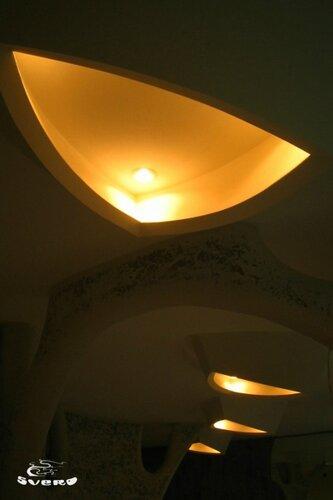 022. полочная инсталляция, светильник из гипсокартона