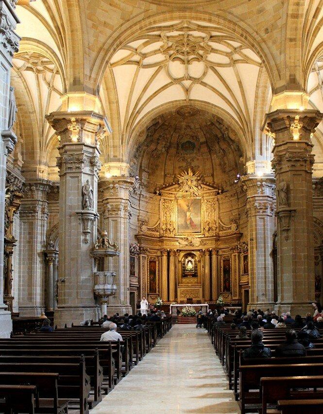 Доностия-Сан-Себаcтьян. Базилика Святой Марии (Iglesia de Santa María)