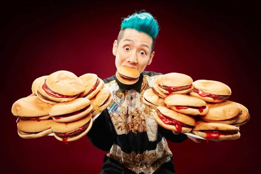 17. … и 12 гамбургеров.