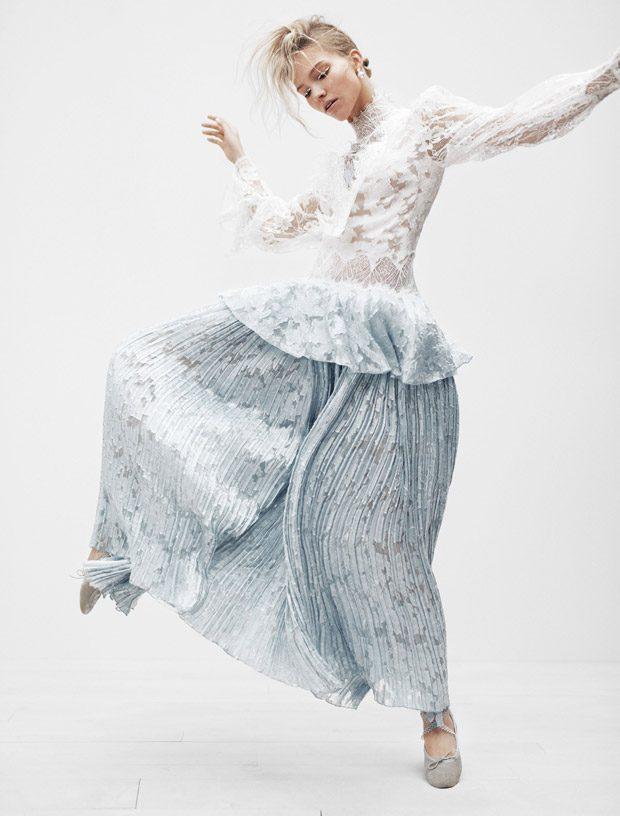 Саша Лусс в Vogue Japan