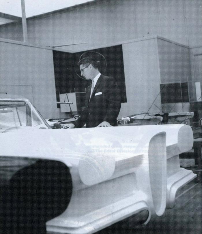 Хотя по началу его творение нравилось фордовским боссам…