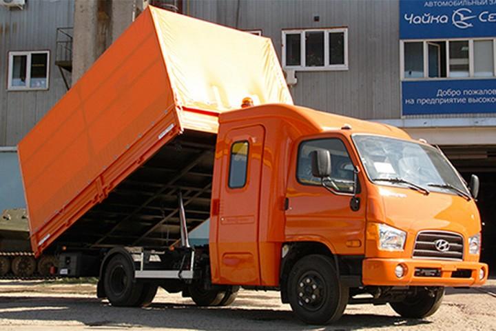 Брянский автомобильный завод (БАЗ) Завод выпускает колесные шасси и тягачи высокой проходимости груз