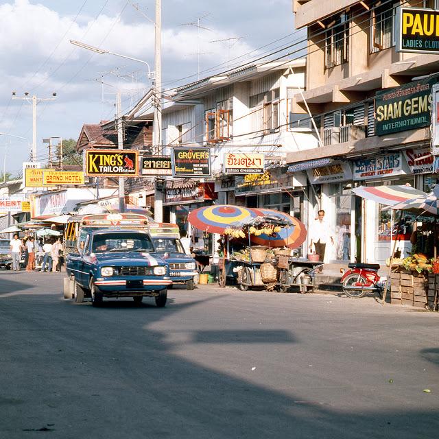 Яркие снимки повседневной жизни Таиланда в 1970-х (26 фото)