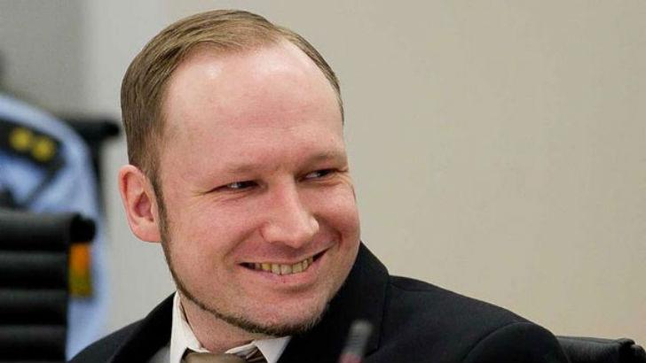 Норвежский националист и террорист, организовавший взрыв в центре Осло и нападения на молодежный лаг