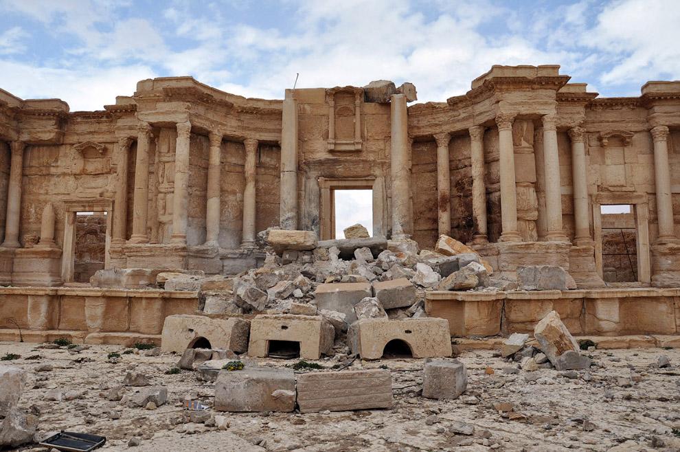 «Я уверен, что все будет восстановлено, потому что Пальмира — это наша история, наша память»