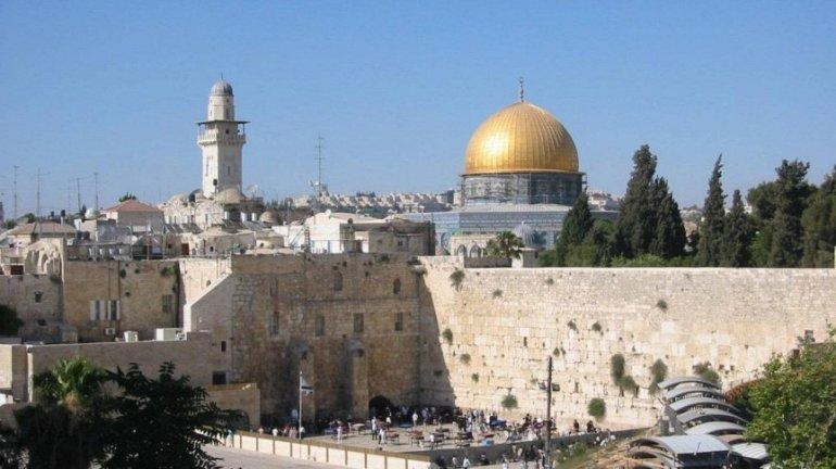 7. Медицина в Израиле (68.7) В Израиле универсальная система здравоохранения, требующая от всех граж