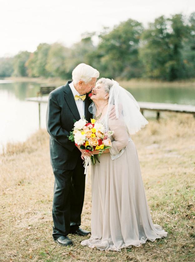 В рамках своей фотосессии Шэлин попросила дедушку и бабушку написать друг другу любовные письма, что