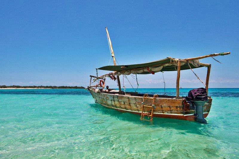 Кристально чистая вода, песчаные пляжи и местное такси Фотограф Эвальд Сэди побывал на танзанийском