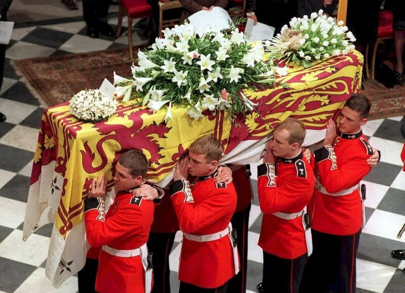 Diana funeral. Inside Coffin Carried