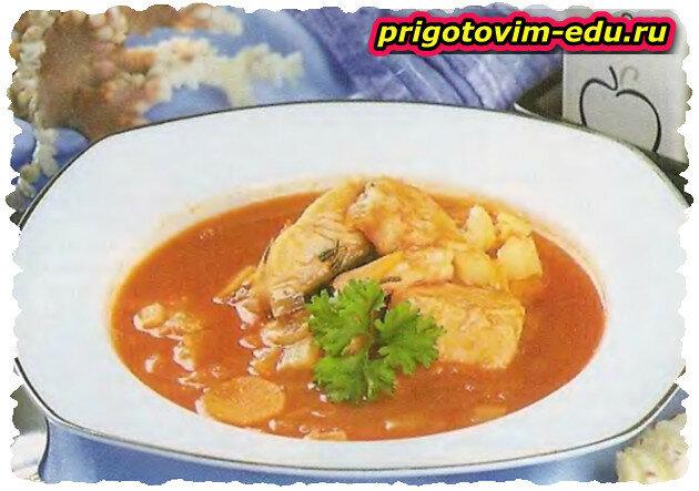 Густой суп из морепродуктов с вином