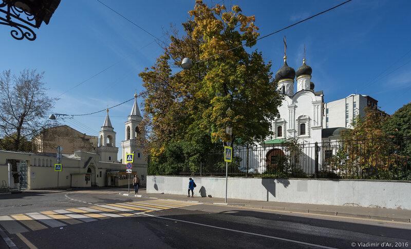 Храм равноапостольного князя Владимира в Старых Садех