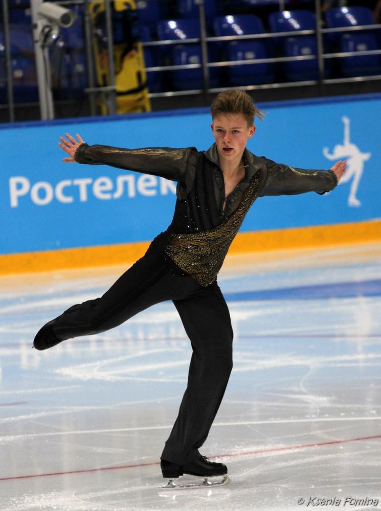 Александр Петров 0_c67b7_db90b1f4_orig