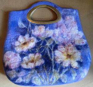 Новые работы учеников с моих мастер-классов по валянию - картины, сумки...