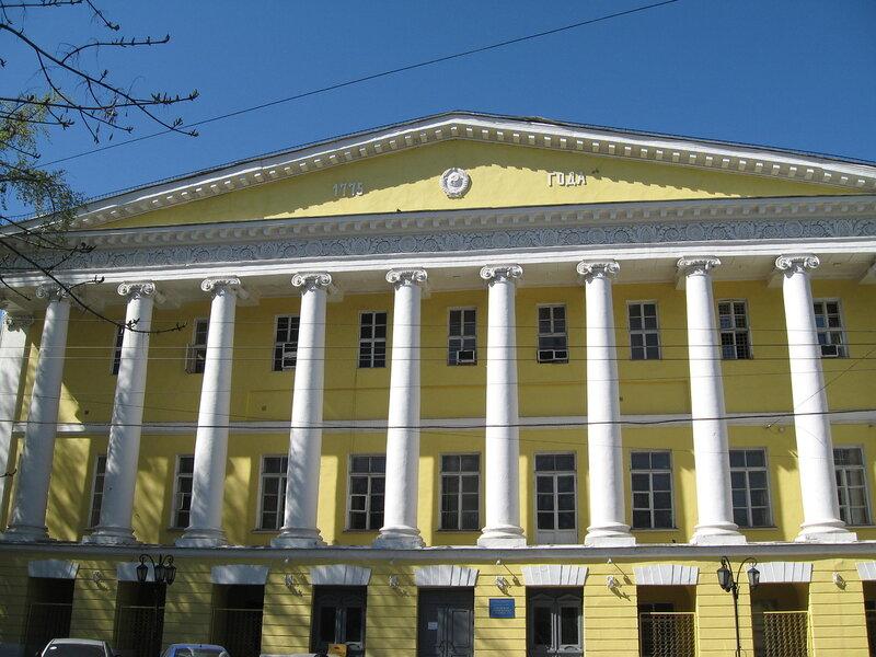 """...с настоящим """",- сказал в своей поэме Р.Рождественский и это напрямую относится к московским бульварам."""