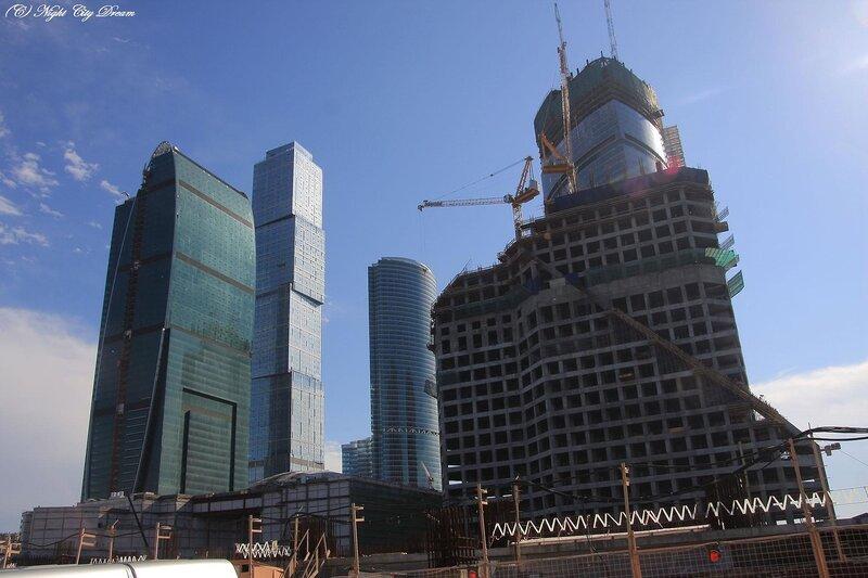 http://img-fotki.yandex.ru/get/53/night-city-dream.22/0_28eb2_57bdecae_XL.jpg